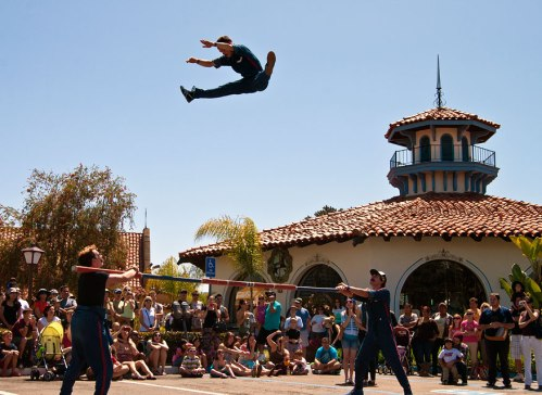 stunt-double-circus-seaport-village-busker-festival-2011-01