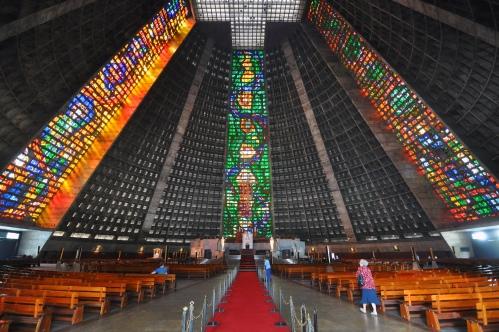 Rio_de_janeiro_cathedral_sao_sebastiao_2010