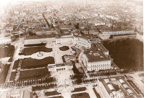 Heldenplatz_Luftaufnahme_1900.jpg