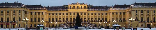 Palais_Shönbrunn_-_Vienne.JPG