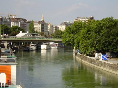Danubio-cruzando-Viena.jpg