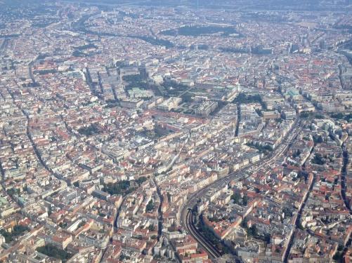 Vienna_aerial_2013_(2).JPG